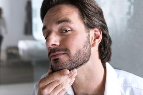 Секс мужчины с бородками